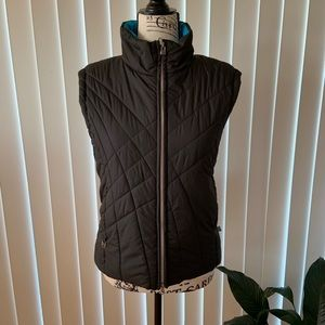 Pretty & Reversible FREE COUNTRY Insulated Vest